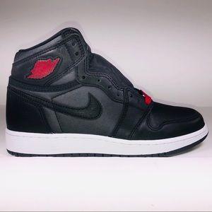 Air Jordan 1 Retro 1 Black Satin GS Black Sneakers